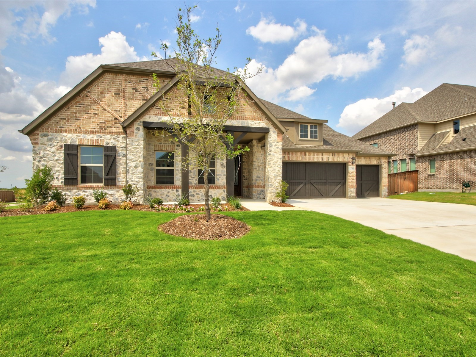 1701 Chisholm Trail
