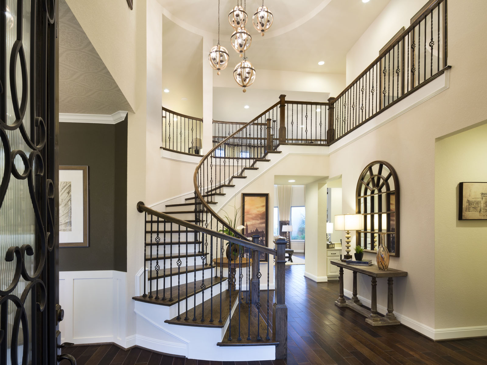 This foyer will WOW your guest