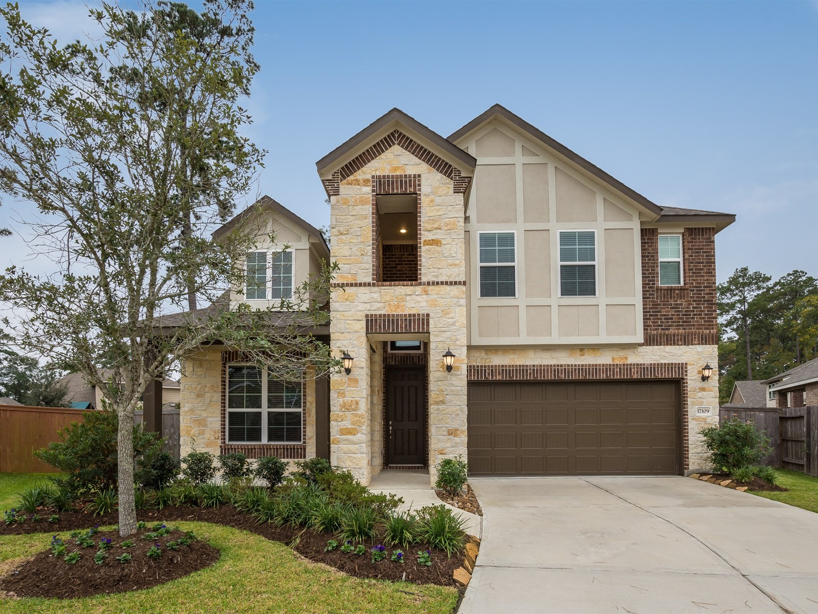 17109 Stillhouse Lake Court