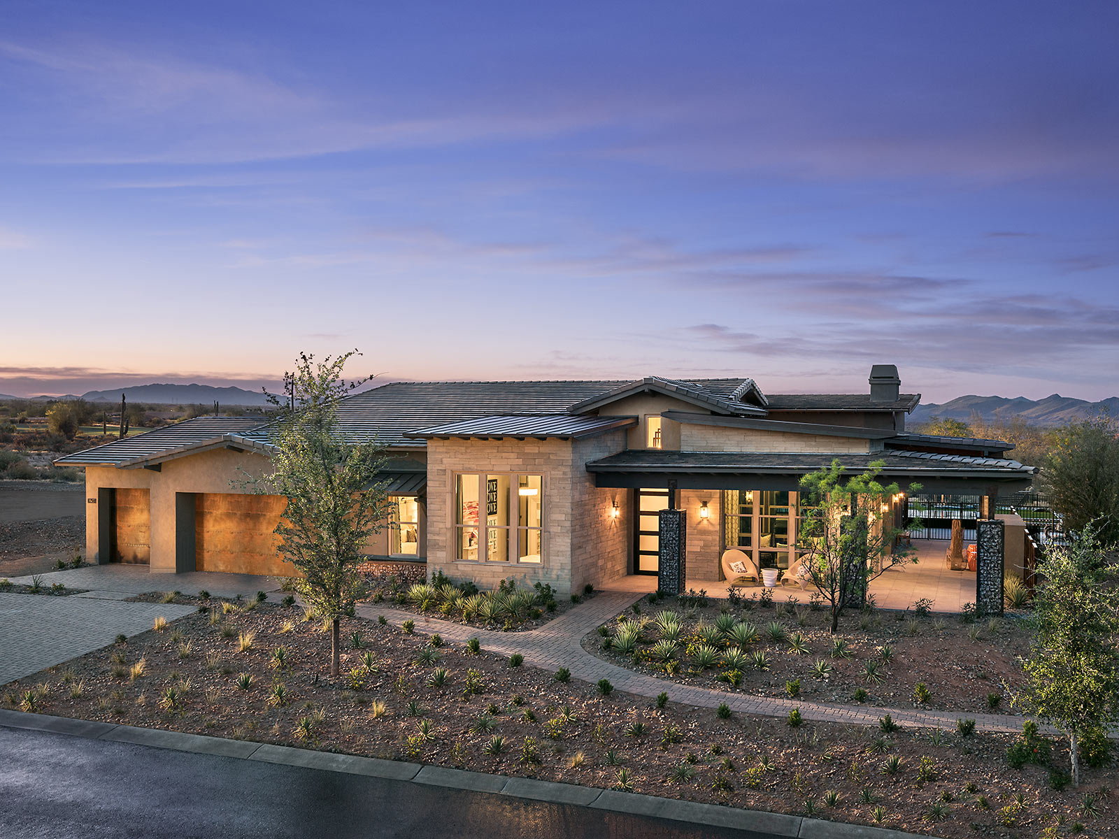 Resort style living in the community of Monterey at Verde River.