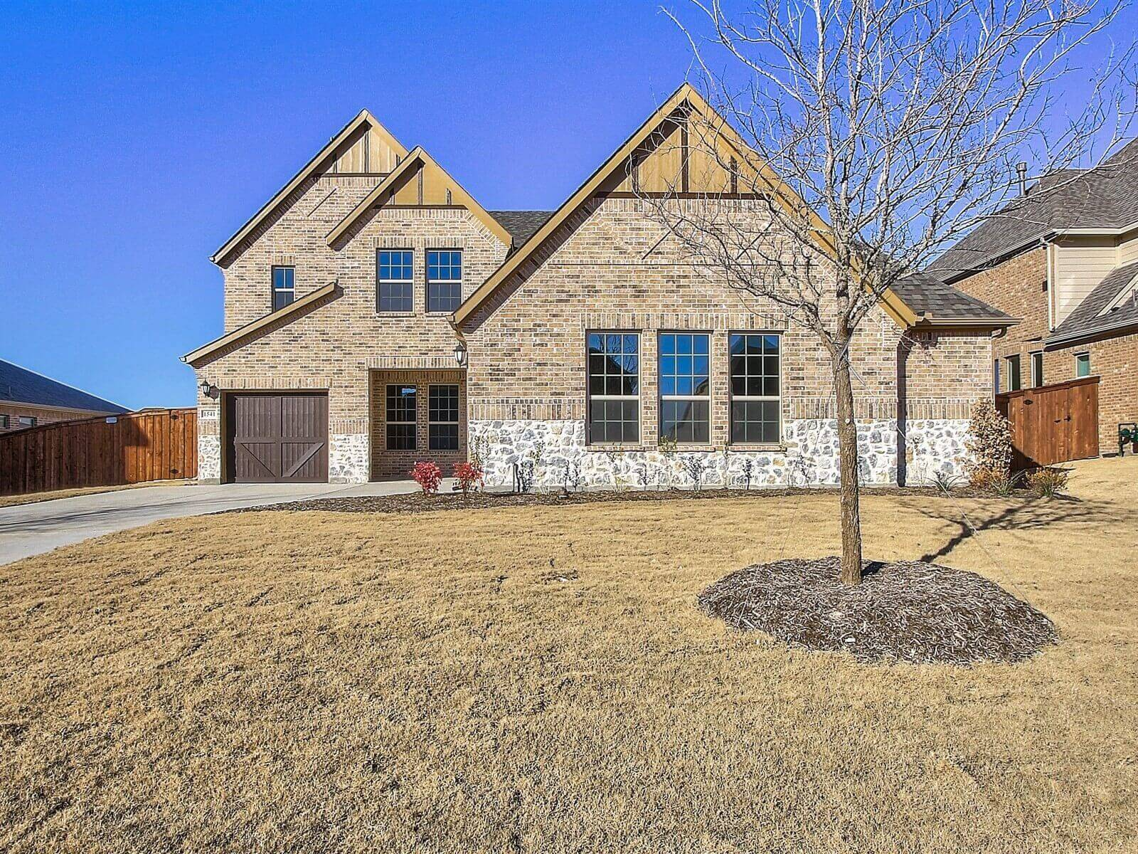 1541 Lonesome Dove Drive