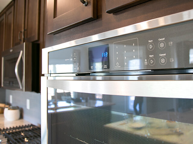 Oven and microwave appliances
