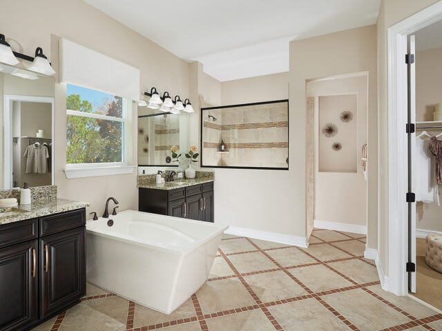 Bathroom with square tub